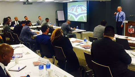 Mba In Operations Management Miami by Nfl Forum In Conjunction With The Of Miami