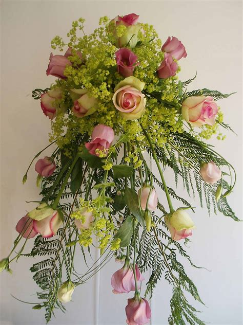flower arranging flower arranging course based in cheshire north west