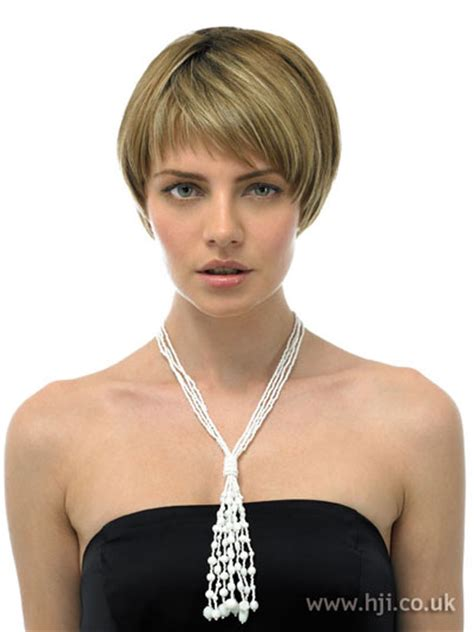 can you show me some short hairstyles please can you show me some short bob haircuts