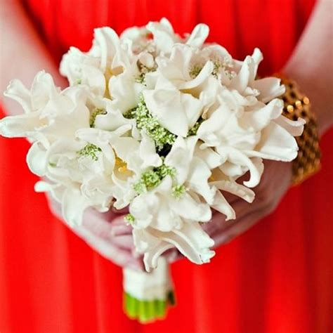 wedding flowers wedding flower etiquette