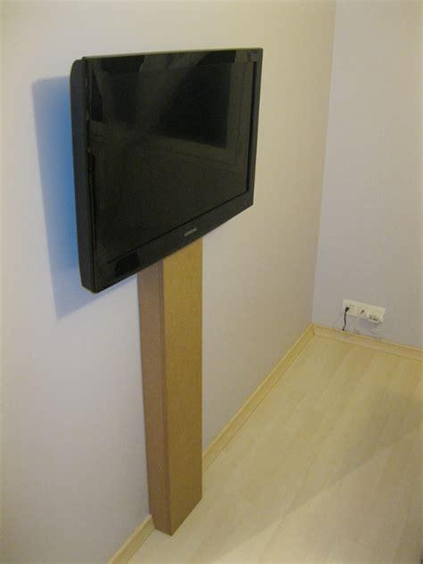 cache fil bureau c 226 ble cach 233 tv au mur appart tv cacher et mur