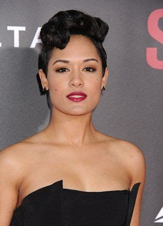 empire stars with short hair check out my interview with empire star grace gealey