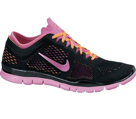 nike free 5 0 tr fit 4 1764 nike free 5 0 tr fit 4 s black pink buy it at