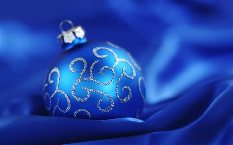 blue christmas ball blue background wallpaper 1920x1200