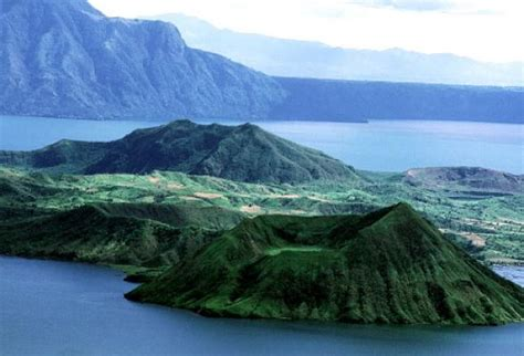 taal volcano  tagaytay travel   philippines