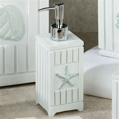 Seaside seashell coastal bath accessories