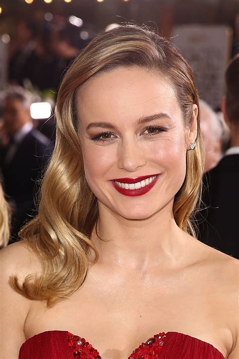 Bigsizr Jumbo Brie 1 brie larson hasn t washed hair since the golden globes