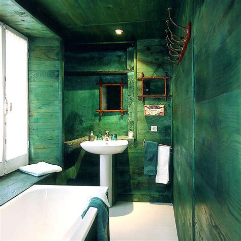 salle de bain verte et bleu chaios