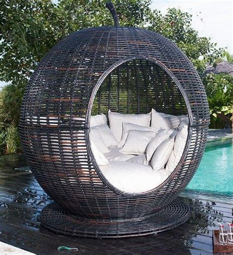 Bien Salon De Detente Exterieur #2: Fauteuil-boule-chaise-cocooning-extérieure.jpg