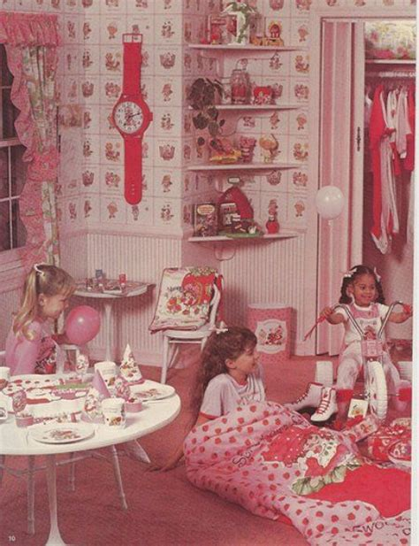 strawberry shortcake bedroom 80s strawberry shortcake bedroom back in the day