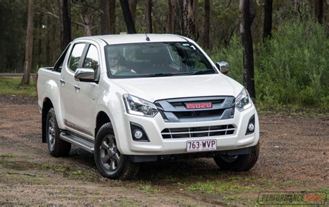 isuzu dmax 2017 isuzu d max x runner review video performancedrive