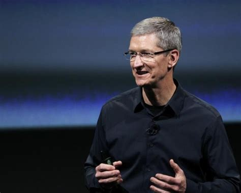 Tim Salary apple tim cook salary
