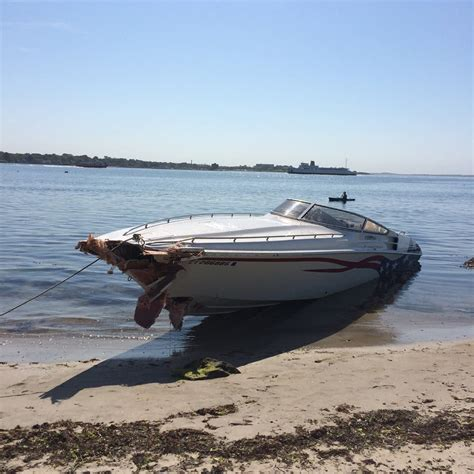 buoy boat crash buoy battles powerboat shatters hull outdoorhub