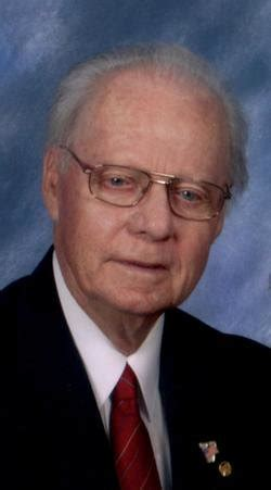 obituary of howard freeze greenhill funeral home