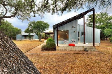 industrial pole barn chic house ideas