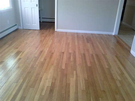 Oak Flooring Vs White Oak by 1000 Ideas About Oak Floors On Oak Oak Flooring And Minwax