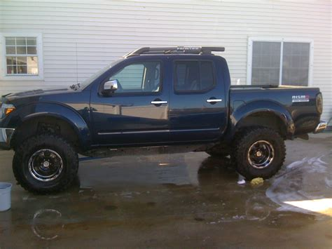 lifted nissan frontier nissan frontier lifted black image 252