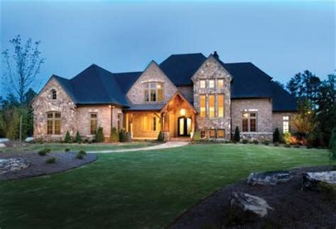 des moines luxury homes