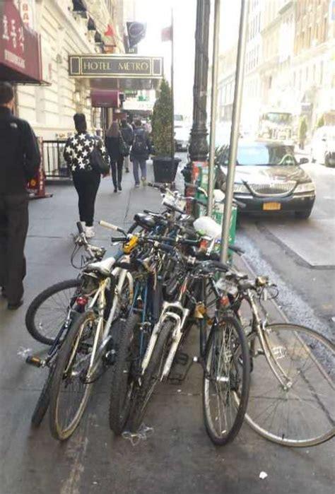 Gantungan Kuda Putih foto lucu tentang sepeda