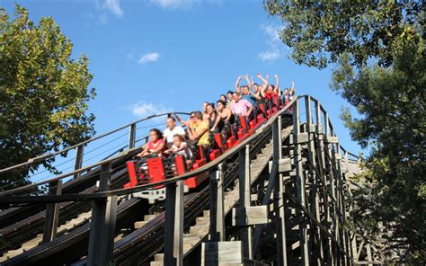 theme park uk accidents having fun and staying safe at uk theme parks thorntons