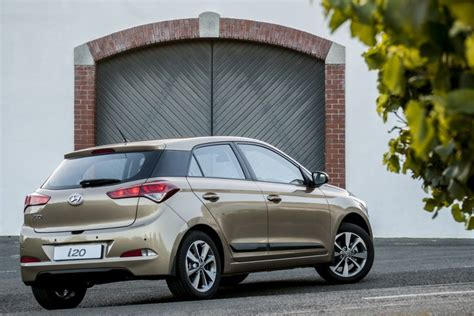 Hyundai i20 (2015) First Drive   Cars.co.za