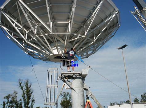 satellite vsat satcom equipment and antenna installation services