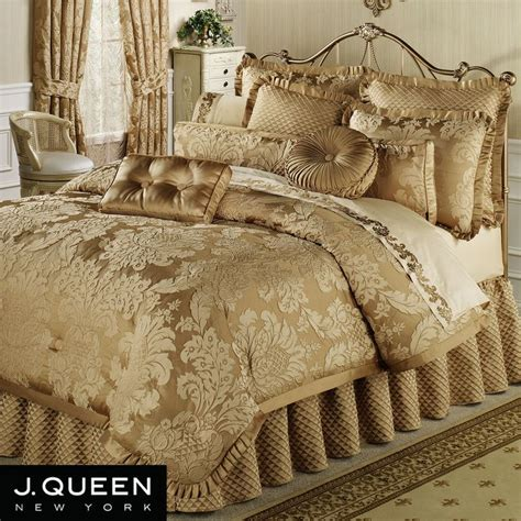 master bedroom comforter sets contessa comforter set 250 master bedroom pinterest