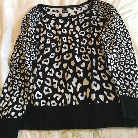 20343 Comfy Leopard White 56 torrid sweaters comfy black and white leopard print sweater from s closet on