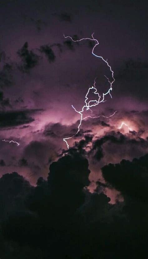 imagem de sky grunge  lightning iphone wallpaper
