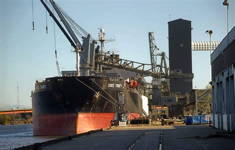 Stockton Record Notices Port Of Stockton Sets Record For Shipping In 2014 News Recordnet Stockton Ca