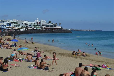 lanzarote weather related keywords suggestions