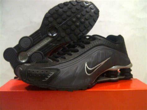 Sepatu Nike 917 4 sepatu nike shox r4 made in zapatoshop
