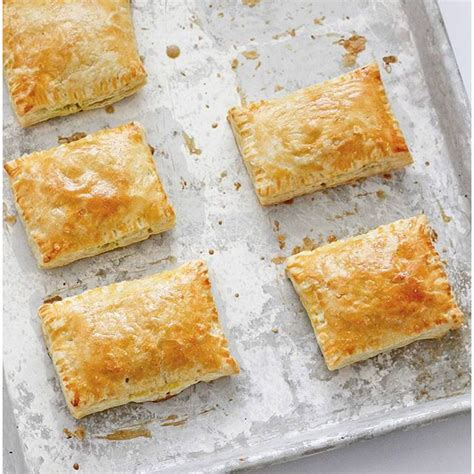 best samosa recipe world 17 best images about empanadas samosas pies on