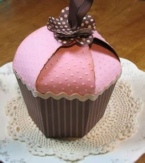 How To Make Cupcake Boxes Out Of Paper - 17 best images about cake wrappers and boxes and flags on