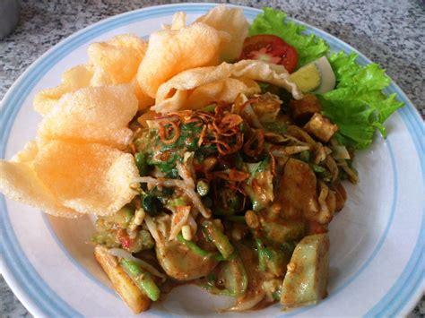 Gado Gado Jakarta apa bedanya masakan indonesia dan masakan malaysia galena