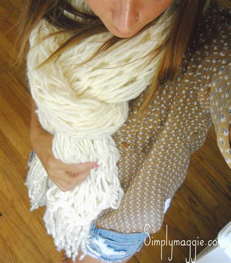 how to make fringe on a knitted scarf how to arm knit a fringe scarf in 30 minutes