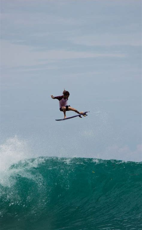 Surfing Volcom Oneill Snowboarding 1000 ideas about mens boardshorts on