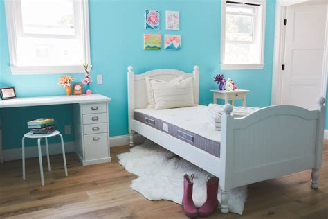 putting kids to bed why i put my kids to bed at 7 every night brentwood home twin mattress giveaway
