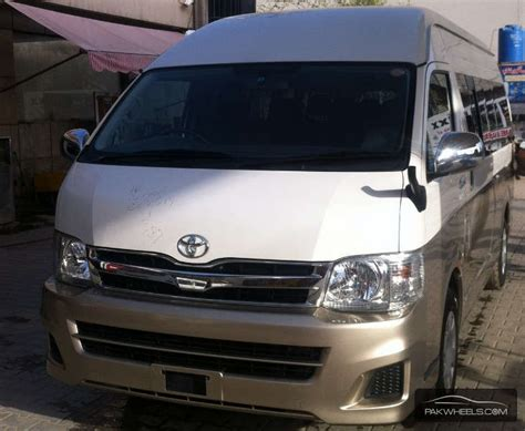 used toyota hiace grand cabin 2012 car for sale in lahore