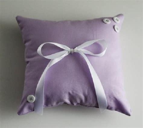 cuscino fai da te come fare dei cuscini fatti in casa