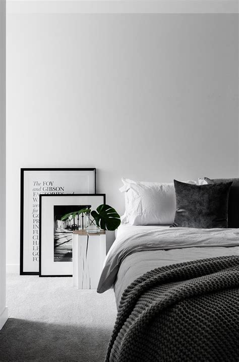 grey white bedroom best 25 white grey bedrooms ideas on pinterest