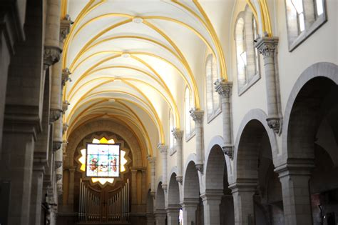 Awesome Church Nearby Me #2: Arches._Church_of_Saint_Catherine._Bethlehem_040_-_Aug_2011.jpg
