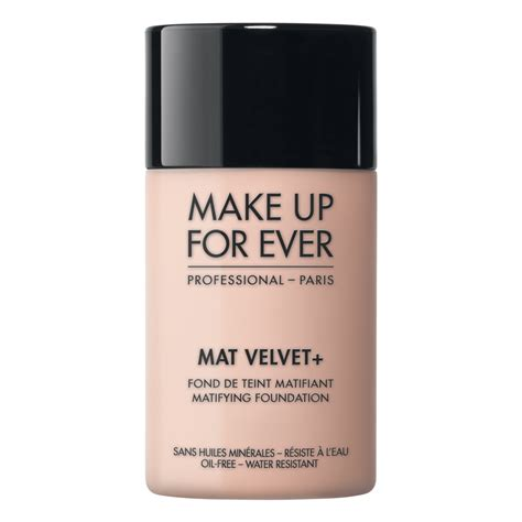 Lipstik Forever makeup forever mat velvet foundation review swatches of