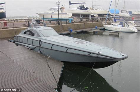 ring speed boats for sale the 100mph james bond style boat built to chase pirates