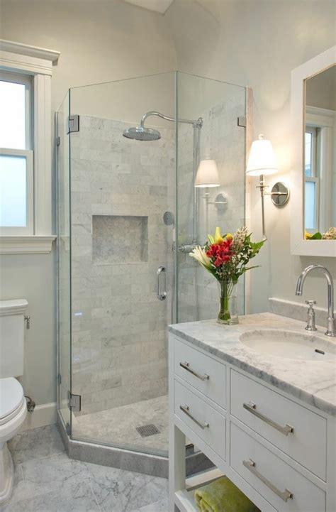 badezimmer klein modern kleines bad einrichten 50 vorschl 228 ge daf 252 r archzine net