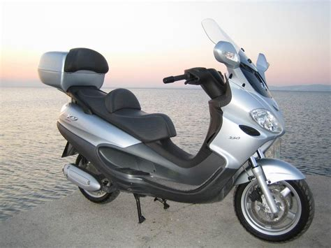 piaggio x9 evolution 250 photos and comments www