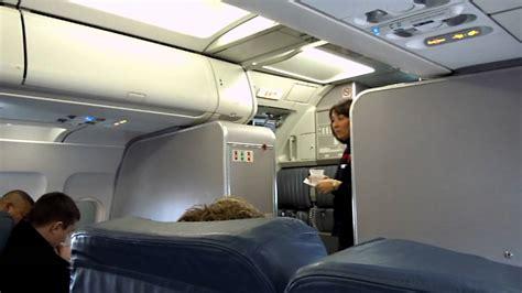 delta a319 n327nb boarding fll