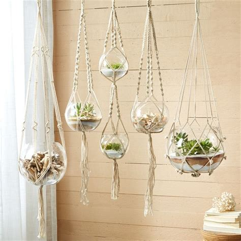 How To Macrame A Plant Holder - the 25 best ideas about macram 233 on macrame