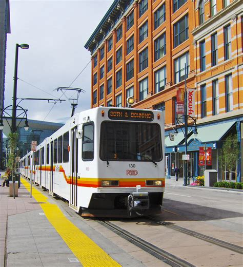 California Light by File Denver Light Rail At 16th California Station