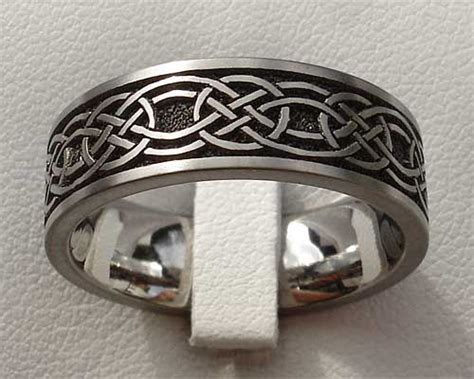 17 Best ideas about Celtic Wedding Bands on Pinterest